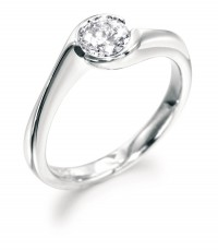 Rubover twist style engagement ring